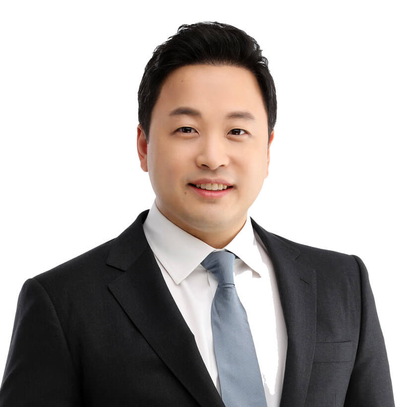 Y. Paul Han, DDS - Midtown Oral Surgeon